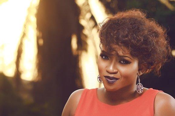 Singer Waje drags with fellow artiste on Instagram