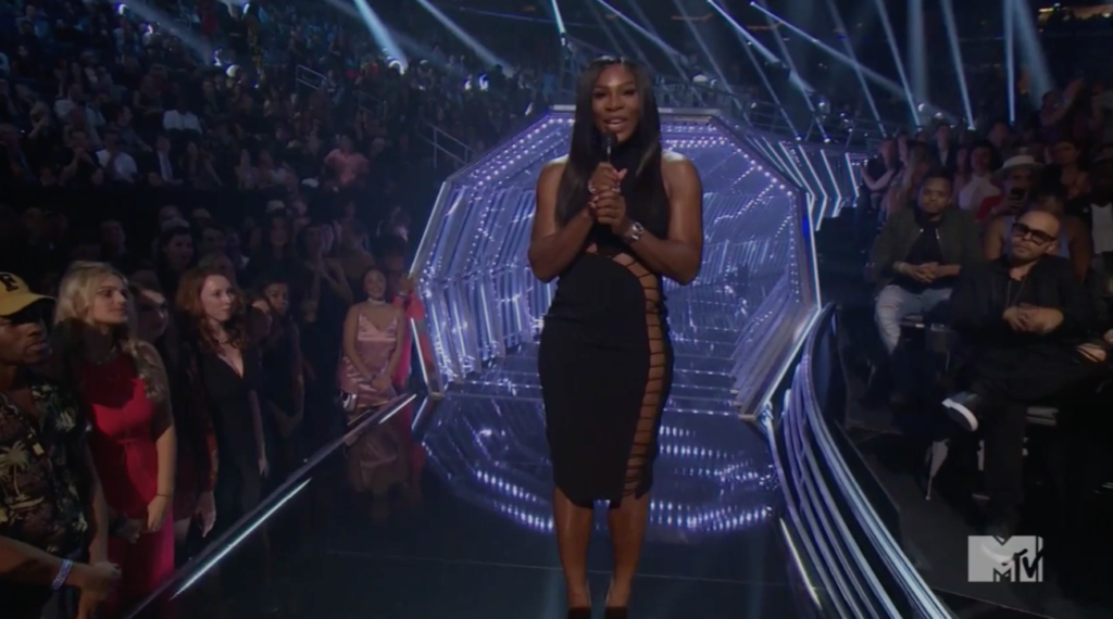 Serena Williams Slays in All black High Slit Dress at The 2016 MTV Vmas