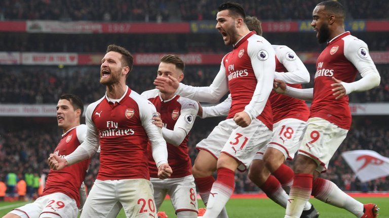 Arsenal 3 Watford 0: Wenger's 700th win arrests Premier League losing run