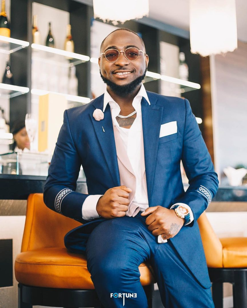 """Chioma you're f**king lucky"" – Davido teases girlfriend as he looked dapper in Suit"
