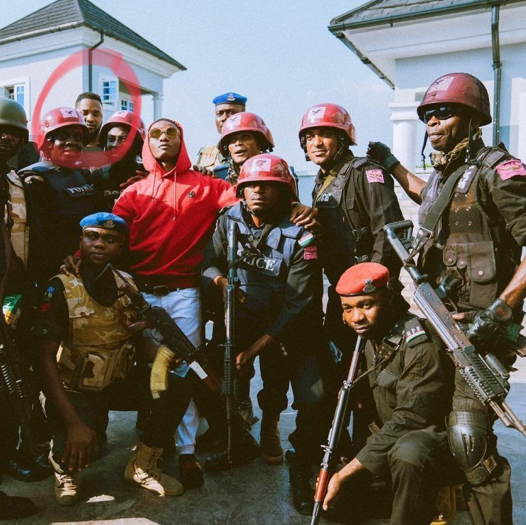 Wizkid's Bodyguard Seen for the First Time Since He Was Attacked