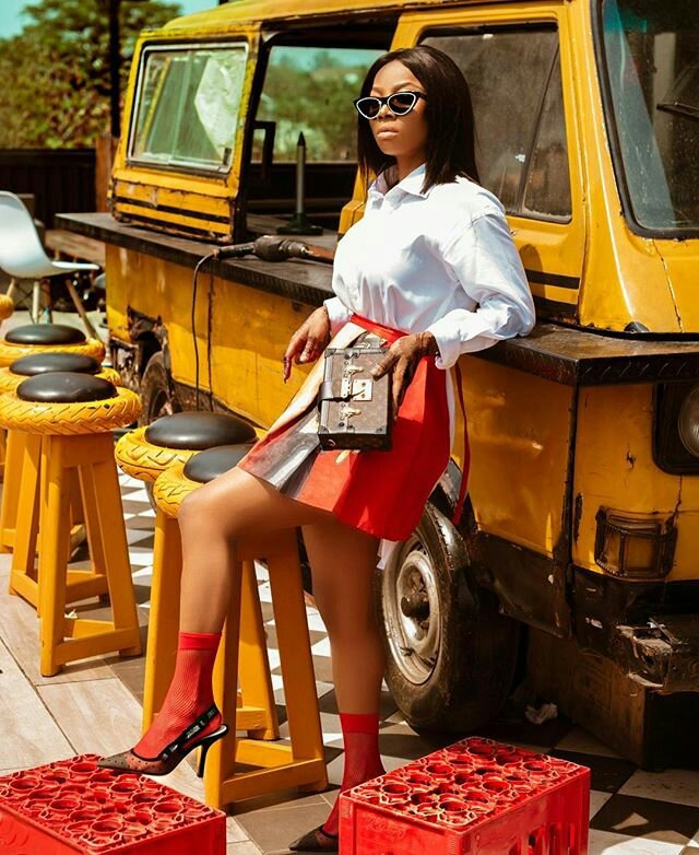 Toke Makinwa Looking Sexy As She Poses With Danfo Bus