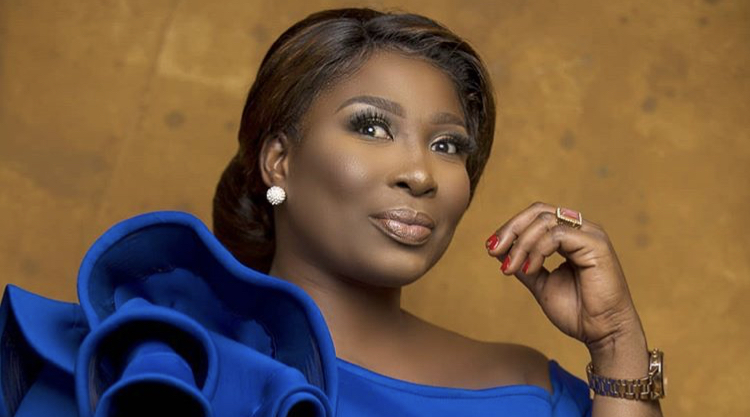 Some celebrities pay people to paint other celebrities black- Gloria Sarfo