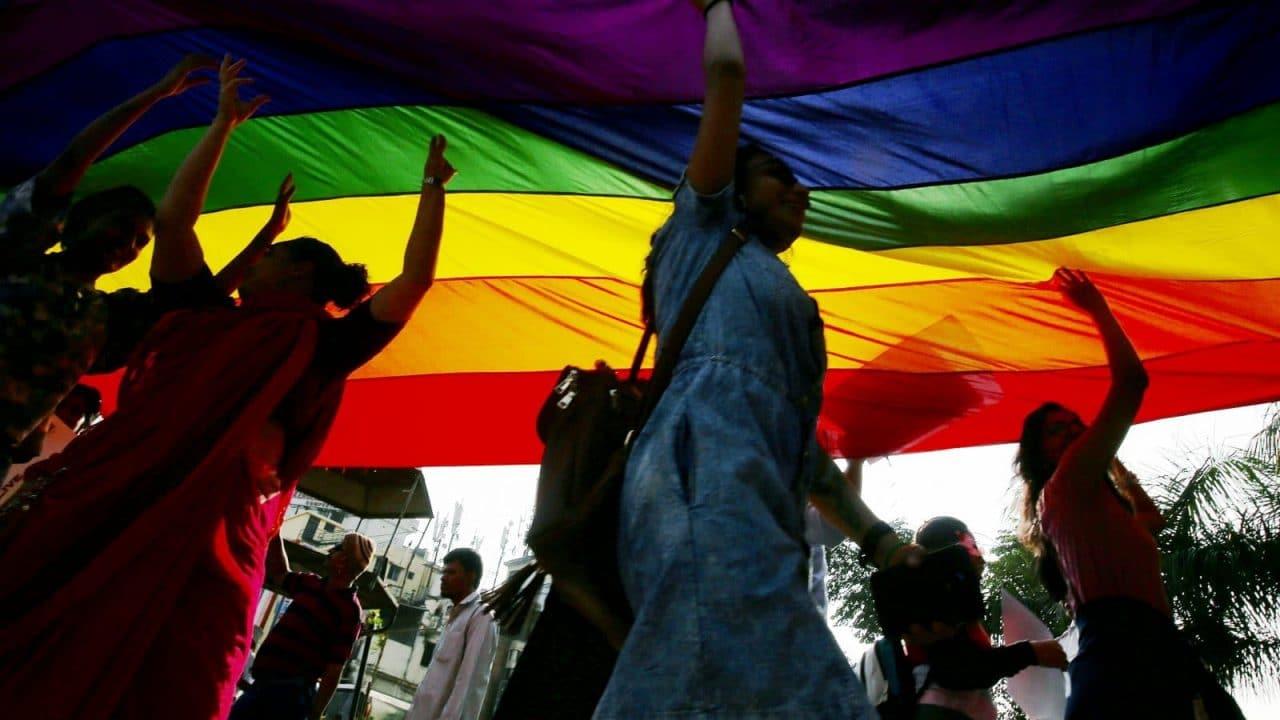INTERNATIONAL NEWS: Bosnia's first LGBT Pride parade protested against by hundreds of people