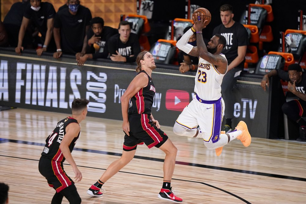 Los Angeles Lakers win a Record 17th NBA Title, Lebron James makes it 4